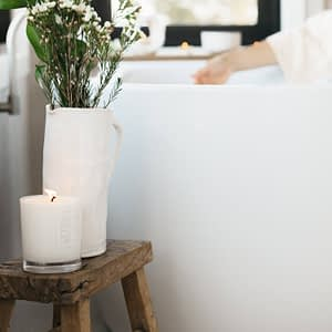 Byron_Bay_Candles_lotus_flower_pure_soy_candle