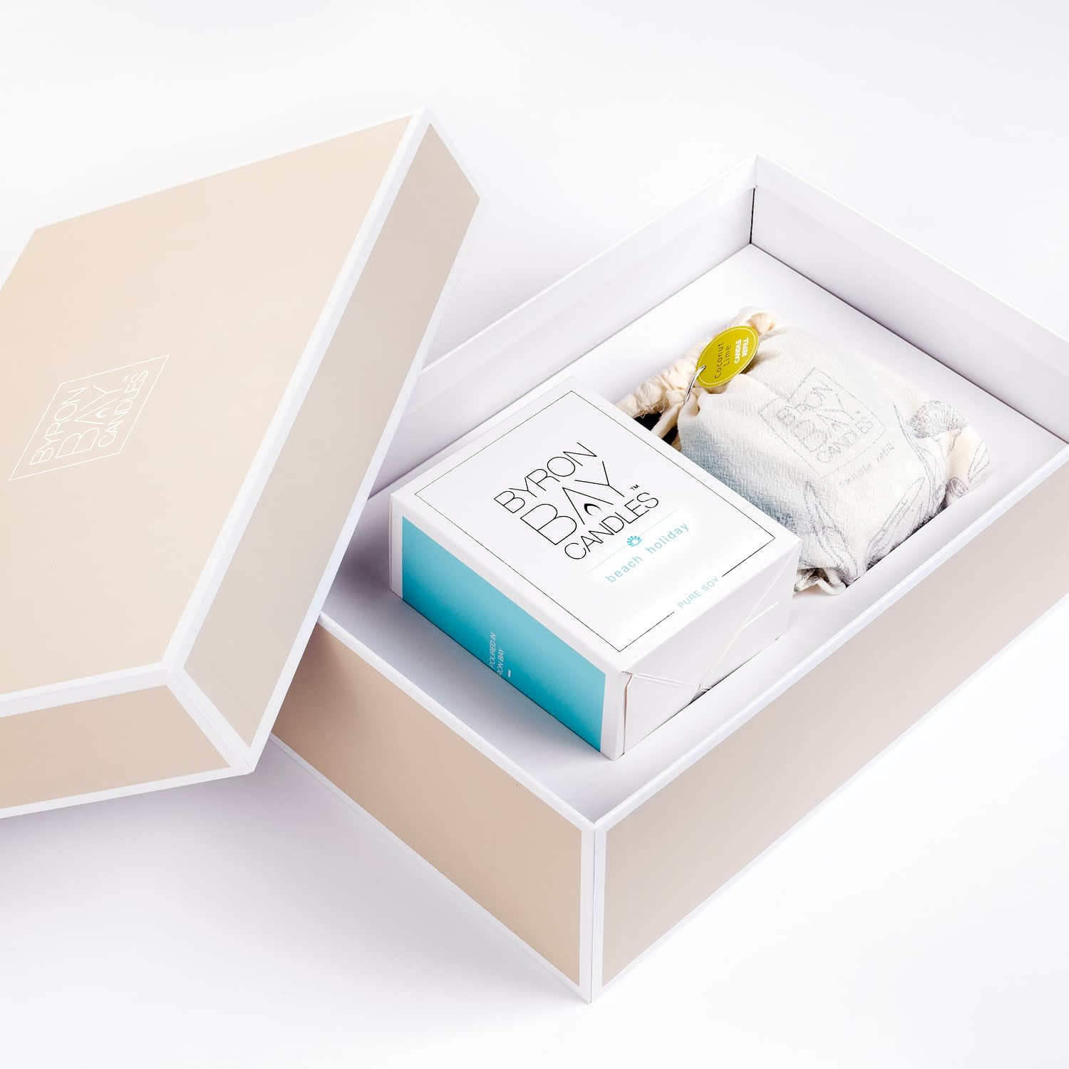 Scented pure soy candle and refill gift set